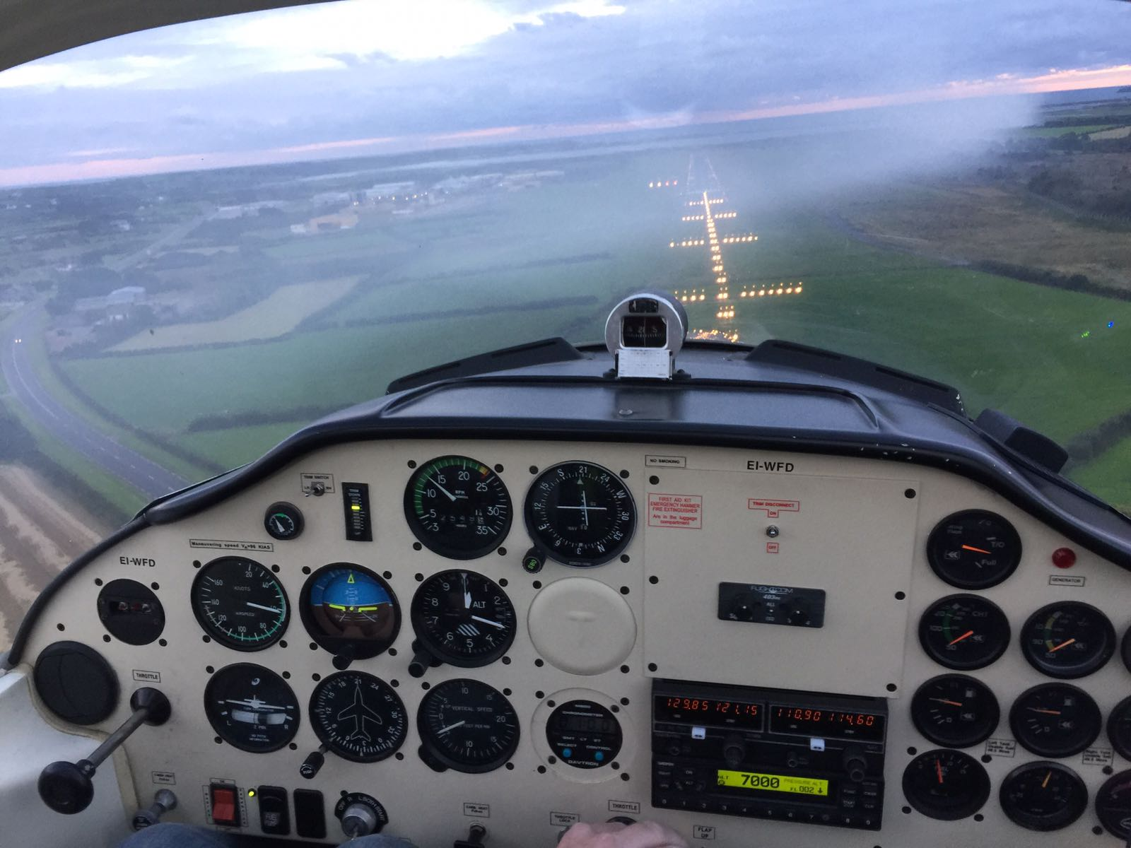 Approaching Runway 21 in Waterford in EI-WFD