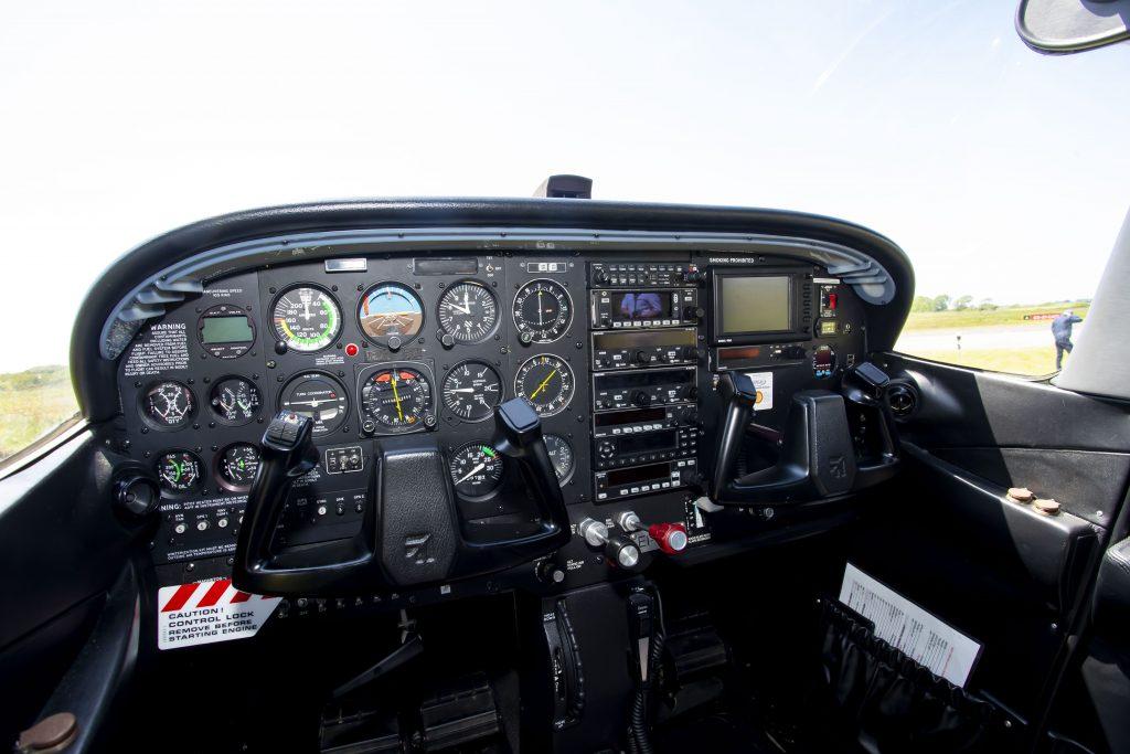 EI-GRX's dashboard